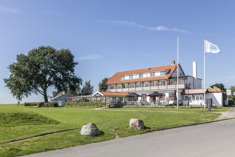 3 star hotel situated near to the beach with a beautiful view of Øresund.